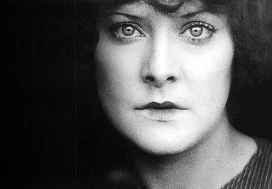 Fotograma de 'Coeur fidele' 1923 de Jean Epstein   Rialta
