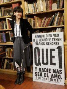 Nara Mansur en la librería Helena de Buenos Aires foto Ana Arzoumanian   Rialta