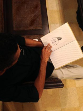 Libretas con dibujos de Juan Pablo Estrada2 e1573012215547 | Rialta