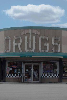 Drugs Offʾ | Rialta