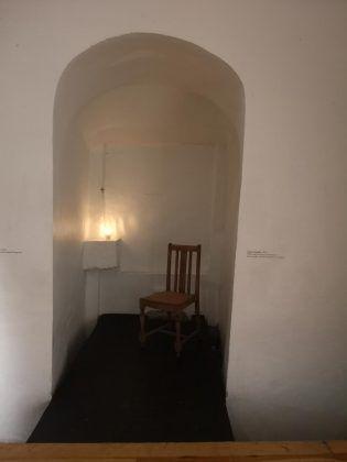Cuna y tumba' 2019. Vista interior de la exposición en el museo Ex Teresa Arte Actual | Rialta