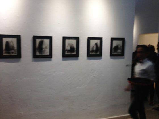 Iconnographic Essay' Octavio Irving 2020 carboncillo sobre papel Arches conjunto de 6 piezas 32 x 37 cm | Rialta