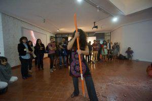 Acción colectiva en la exposición 'Las formas de la ausencia' de Tamara Cubas Ciudad de México agosto de 2015 | Rialta