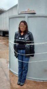 Acción junto al asta bandera de Silvia Ortiz en Torreón | Rialta
