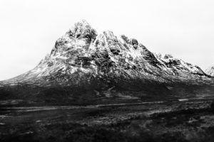 Del libro 'Hacia dónde se retira la montaña' 2017 | Rialta