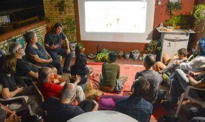 El realizador colombiano Antonio Dorado Zúñiga presenta su documental 'Apaporis secretos de la selva' 2012 en el cineforo La azotea de Tulipán | Rialta