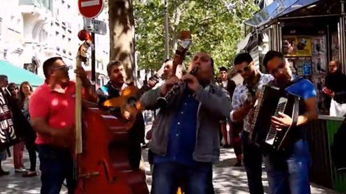 Paris, jump for joy! (documental) (protegido)