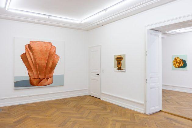 Vista de la exposición virtual ʽPerfume'en la MAI 36 Galerie | Rialta