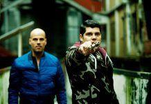 Los personajes Ciro di Marzio interpretado por Marco DAmore y Gennaro Savastano interpretado por Salvatore Esposito en un fotograma de Gomorra   Rialta