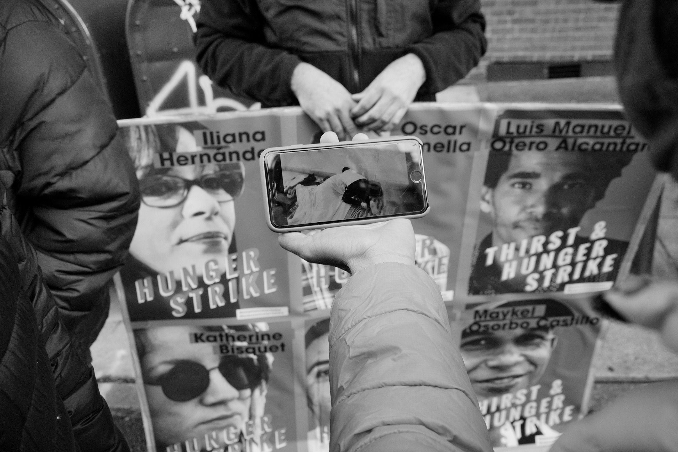 Cubanos en Nueva York se manifiestan en apoyo al movimiento San Isidro 10 | Rialta