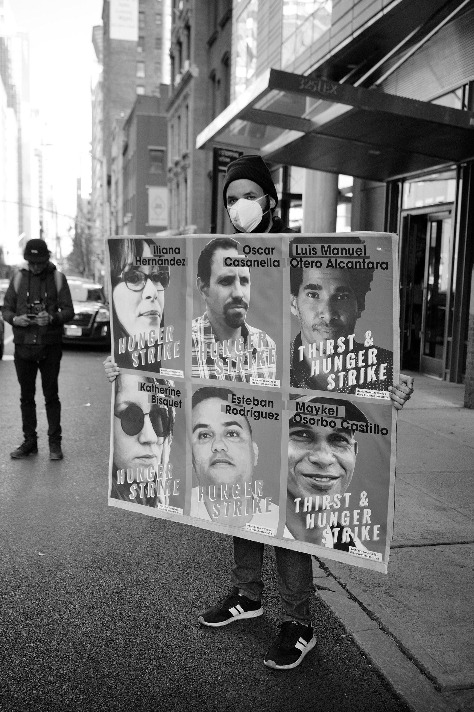 Cubanos en Nueva York se manifiestan en apoyo al movimiento San Isidro 4 | Rialta