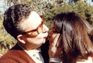 Beatriz Allende junto a su padre | Rialta