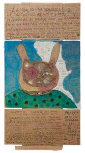 Obra de Carlos Javier García Huergos (2017); tempera, lápiz de color, bolígrafo y crayones sobre cartón recuperado de caja de embalaje, 96 cm x 50 cm. RIERA STUDIO / ART BRUT PROJECT CUBA