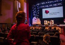 El público interviene en un evento del Hay Festival en Querétaro, México (foto de archivo).
